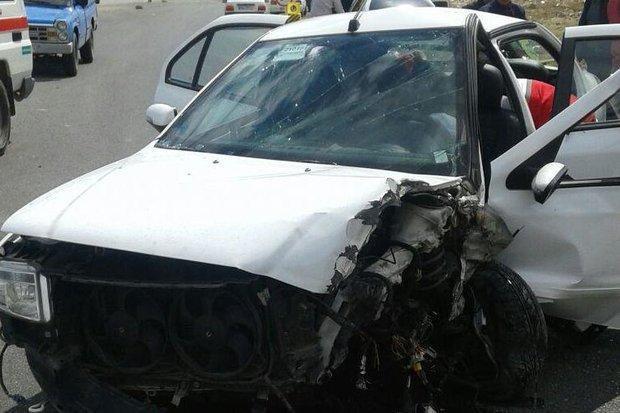 مصدوم شدن 13 نفر در اثر برخورد سه دستگاه خودرو در جاده سبزوار