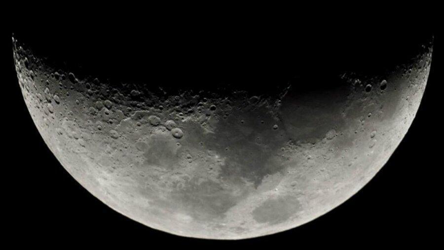 برخورد شهاب واره ها با کره ماه باعث فوران آب می گردد