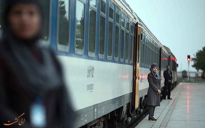 معرفی قطار 4 ستاره پلور سبز