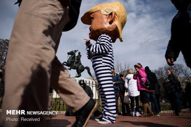 اعتراضات گسترده علیه ترامپ همزمان با جشن استقلال آمریکا