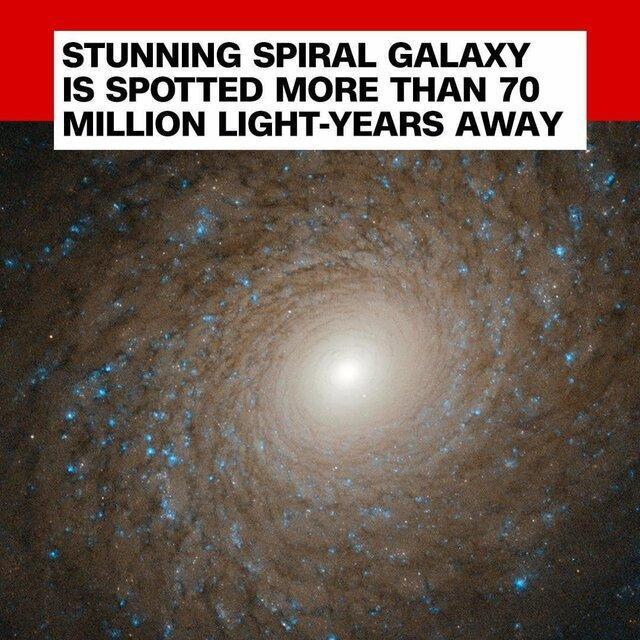 رصد یک کهکشان مارپیچی بسیار دور توسط تلسکوپ هابل